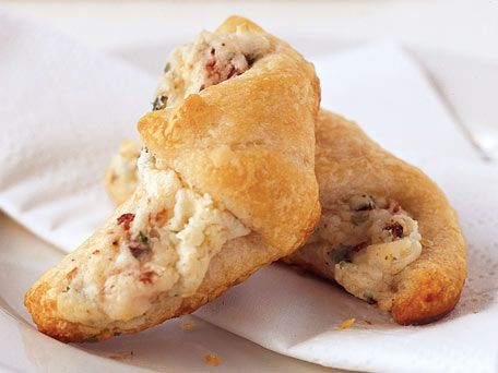 Bacon Appetizer Crescents Recipe - KitchenDaily