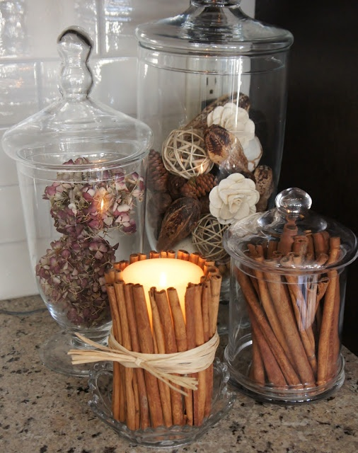 Moving Forward : cinnamon candle