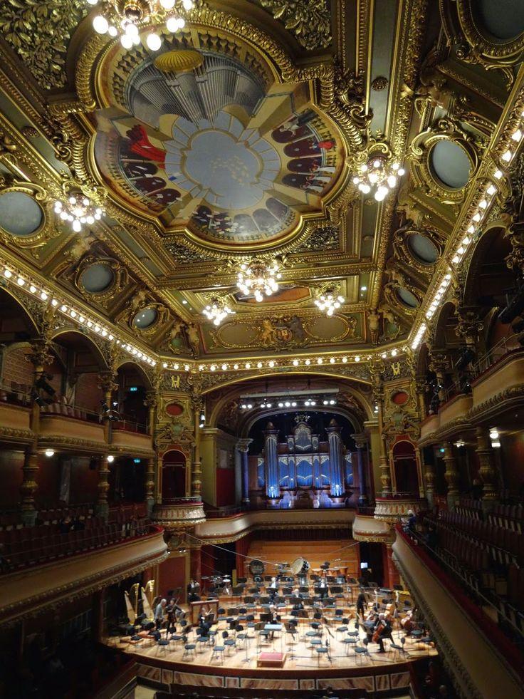 スイス・ジュネーブにあるビクトリア・ホールは音楽好きなら一度は訪れたい。スイス 旅行・観光の見所。