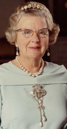 Dutch royal jewels - Queen Juliana