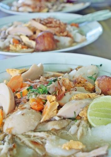 Soto Banjar...savory n delicious, i want more!