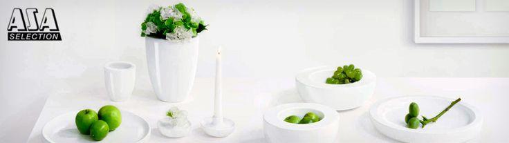 Bei der Produktreihe Living sind vorallem Klare Konturen und Texturen bei der die Natur als Ideengeber Pate stand. Allein die große Vielfalt an Vasen, Kerzenleuchter und vielem mehr ist beeindruckend.