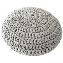An easy crochet pouf pattern, made with t-sirt yarn