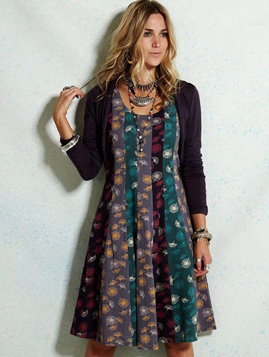 Dacă nu te poţi decide care este nuanţa ta favorită, atunci această rochie pastel evazată fără mâneci este pentru tine! `•..•´  ✿ www.hainehippie.ro/rochii-sarafane/1074--rochie-fara-maneci-pastelata-din-bumbac-.html ✿ Transport GRATIS la 2 produse din: haine, şaluri, genţi ✿ Livrare în 24h ✿ www.facebook.com/hainehippie