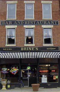 Restaurant & Bar | Early Bird Brunch | 20 tap beers | Weekly Restaurant Specials | Brine's Restaurant & Bar | Stillwater Minnesota | 651-439-7556