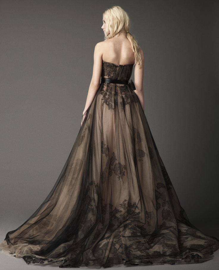 dress but this is gorgeous wedding dresses bridal gowns by vera wang