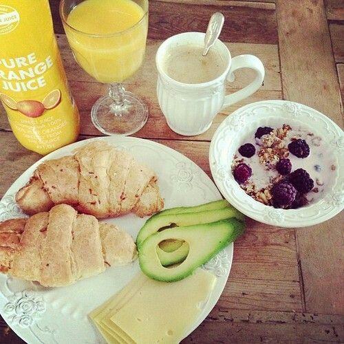#breakfast #croissant #avocado #yoghurt #orange #juice #berries