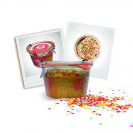 Kuchen im Glas des Monats - bunter Papageienkuchen mit Zuckerkonfettie Yiepiehhh!!!