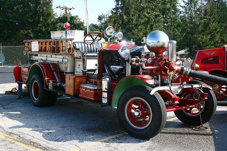 1922 Ahrens-Fox Fire Engine pumping water - Timonium, MD Photo Gallery