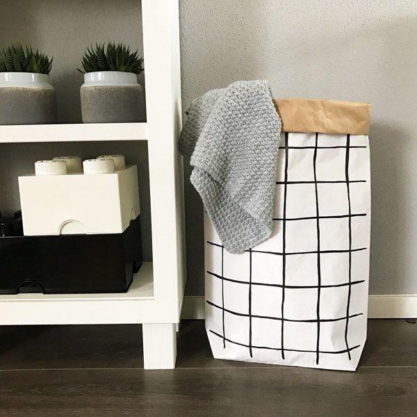 Monochrome Paperbag XL met grid   Www.hippekaartjeswinkel.nl