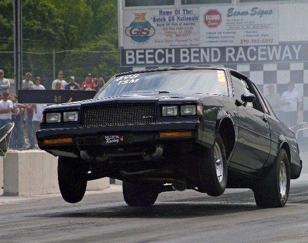 1987 Buick Grand National launching.   got the g body twest all g bodys do that need a antie rollbar $350 to make it go strait i need to put pics of my g body malibu on here