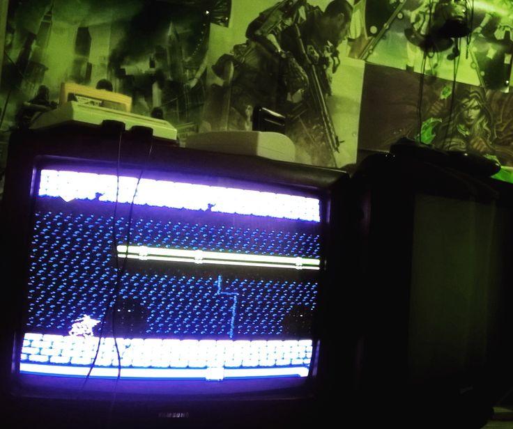 Shared by kesha_pixel #retrogames #microhobbit (o) http://ift.tt/1YEEDkI еще один старый телевизор для игр  #90s
