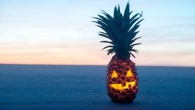 How to Carve a Pineapple for Halloween 2016-The Halloween 2016 trend