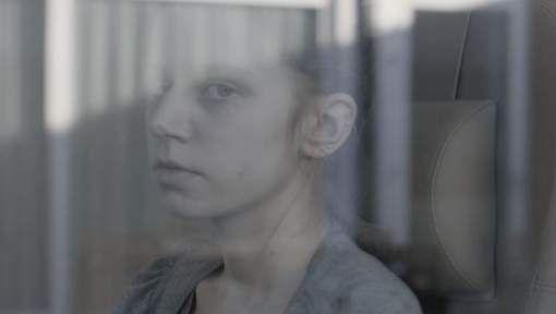 Geen trailer voor een film, maar wel voor het boek 'Witte warmte' van Dimitri Casteleyn. Dat is wat bioscoopgangers nu te zien krijgen tussen het reclameblok en de film in de Vlaamse bioscopen.