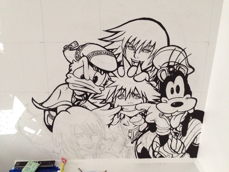 Kingdom Hearts Mural. Black was the only colour of paint I had at this point. Still it was turning out pretty well.