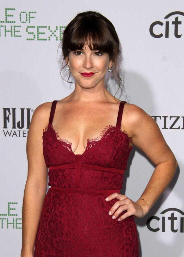Paparazzi : MARTHA MACISAAC à Battle of the Sexes Premiere à Los Angeles 16/09/2017