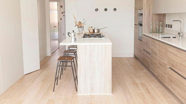 Oltre 25 fantastiche idee su piccole cucine con isola su - Isola cucina piccola ...