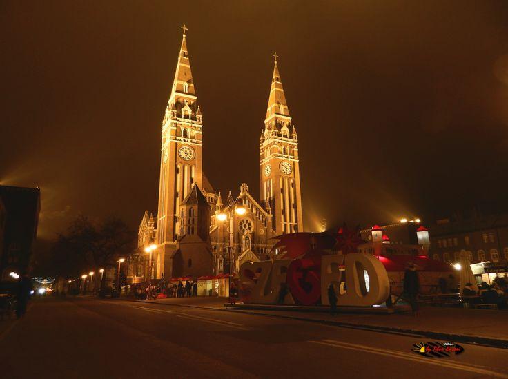 Votive Church of Szeged , Hungary, Nikon Coolpix L310, 4.5mm, 1/2.5s, ISO80, f/3.1, -1.3ev, HDR-Art photography, 201612221750