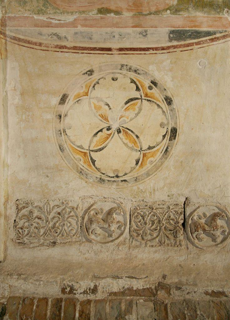 Музей фресок Дионисия - Медальоны - Наружная роспись западного портала, к северу от дверей