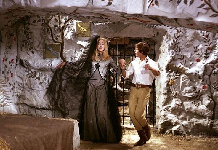 """Picture from a film """"Šíleně smutná princezna""""."""