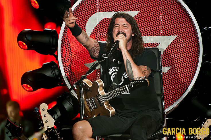 Review and Photos: Foo Fighters at Sleep Train Amphitheater