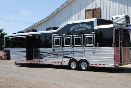 92 Best Images About Home Away From Home On Pinterest Montana Rigs And Hor