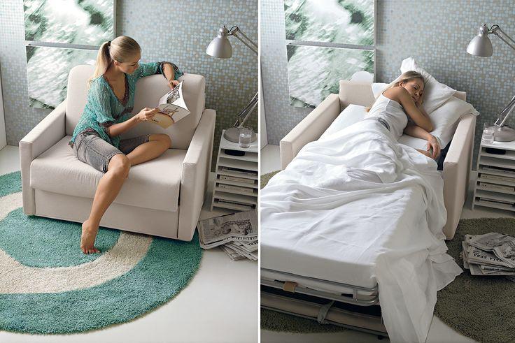 Non solo #divanoletto, anche la poltrona può trasformarsi in letto, come questa #poltronaletto Mek, che a necessità si trasforma in comodo letto.