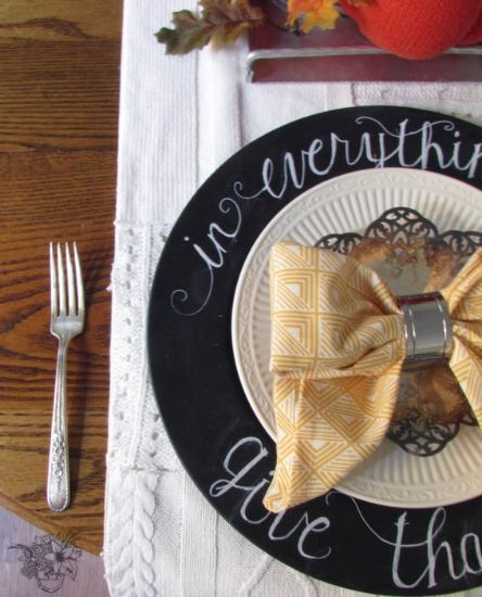 Hi Everybody!  Today I am back with one of many follow up posts to my Thrifted Fall Table . Today I will be showing you how I turned some inexpensive thrifted  chargers into these beautiful Chalkboard Chargers.  Schedule
