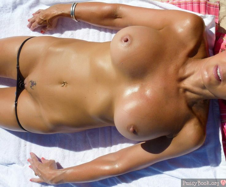 tanning bed blonde girl nude