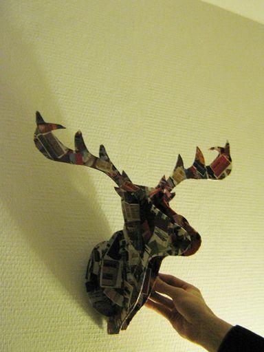 tuto tête de cerf et voici un tuto pour le réaliser http://frenchyfancy.com/diy-1-la-tete-de-cerf-en-carton/
