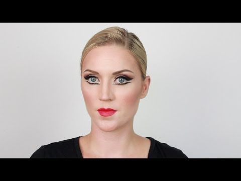Ballet Makeup: Contour and Highlight for the Stage - YouTube