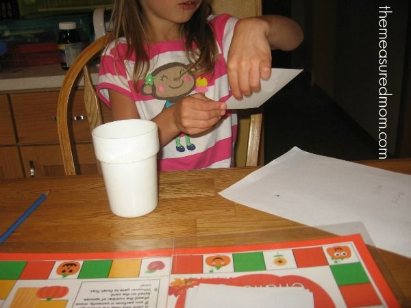 fall spelling game 4 the measured mom Free spelling game for Fall   use with any word list!