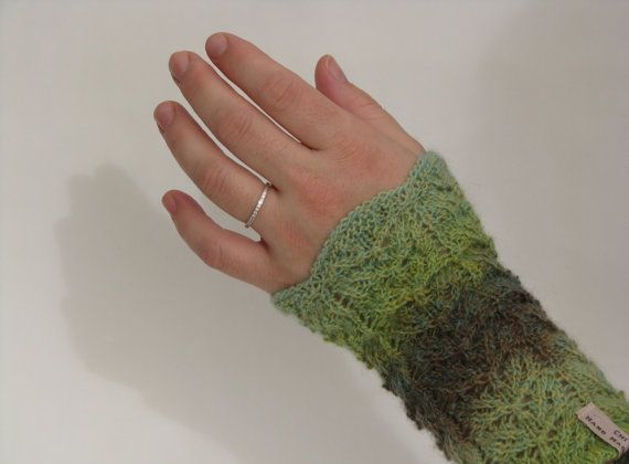 Knitted Fingerless Gloves Wrist Warmers by AGirlNamedMariaDK on Etsy #wrist #wrists #warmers #glove #gloves #fingerless #mitten #mittens #knitted #knit #knitting #handmade #victorin #lace #green #olive #lime #mint #etsy #agirlnamedmariadk #women #womens #woman #girl #girls #fashion #danish #denmark #scandinavia #scandinavian #warm #wool #feminine #girly