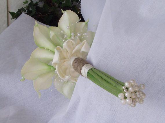 wedding bouquet / bridal bouquet florist made by UptownGirlzz