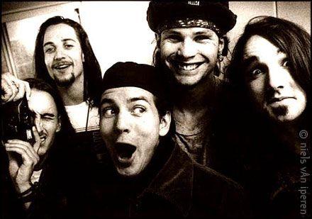 A little vintage Pearl Jam.  :) #pearljam