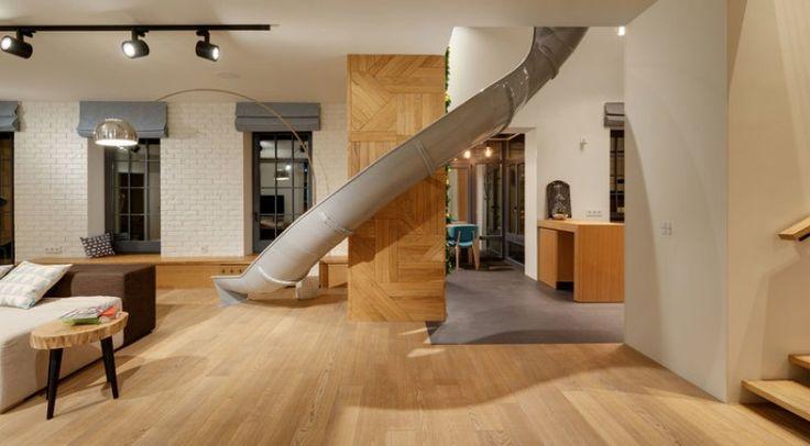 Cet appartement avec toboggan intérieur est génial