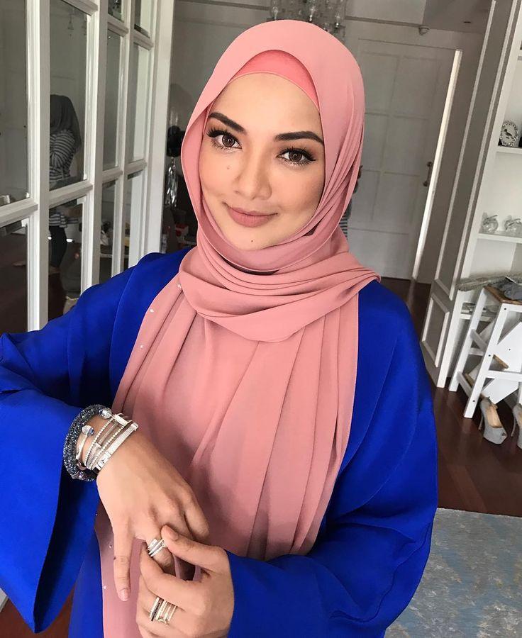 "84.4k Likes, 654 Comments - Noor Neelofa Mohd Noor (@neelofa) on Instagram: ""My guts is telling me that this week is going to be awesome! Siapa akan dapat 5ha dari Lofa? You…"""