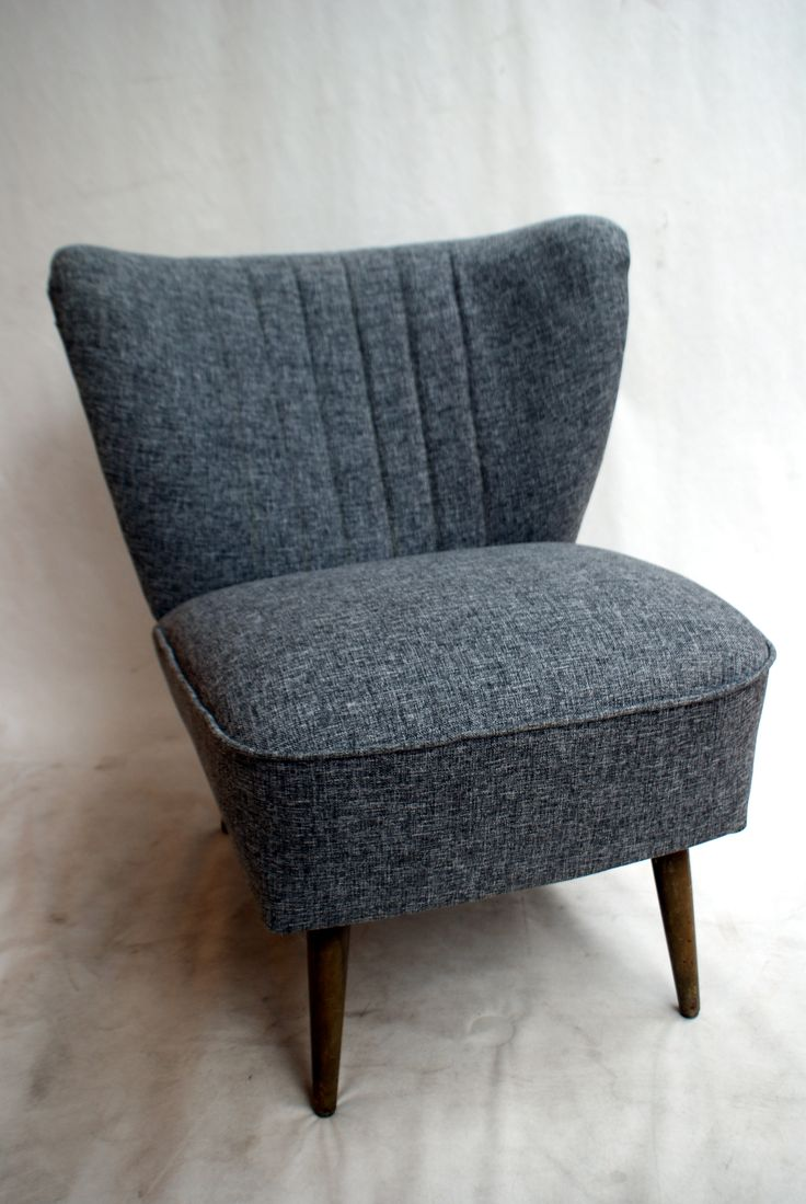 Mid Century Coctail Huggy Chair Antiques 50's 60's made in West Germany. Handmade renovation. Original legs.