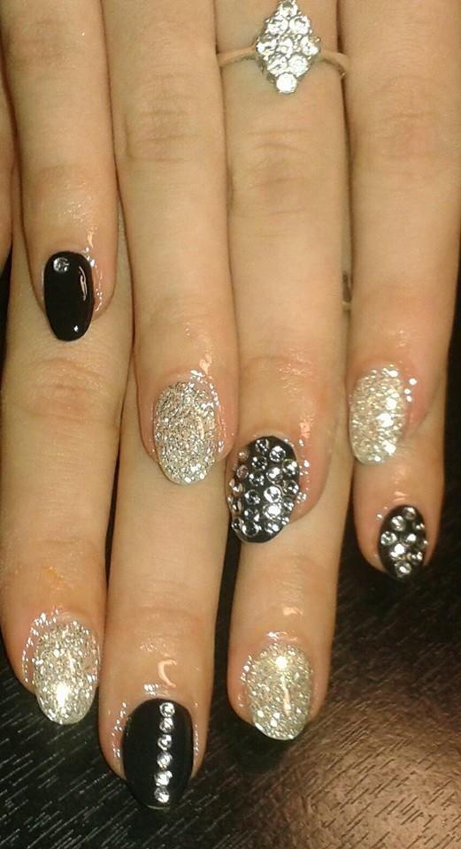 38 nails black silver - gel, třpytky + kamínky
