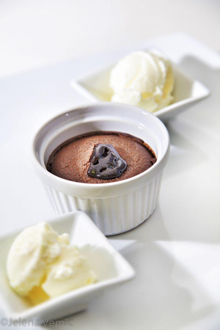 σουφλέ σοκολάτας / Chocolate souffle