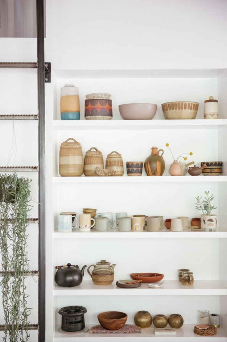 Apiece Apart Woman - Malia Bianchi Mau #pottery #ceramics