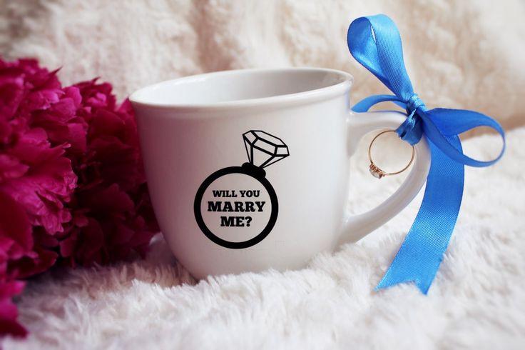 Оригинальный способ сделать предложение 😍  #wedding #wife #present #surprise #ring