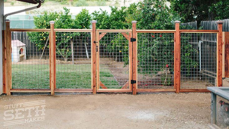 redwood-fence-welded-wire-mesh-hogwire-cattle-fencing-stuff-seth-makes