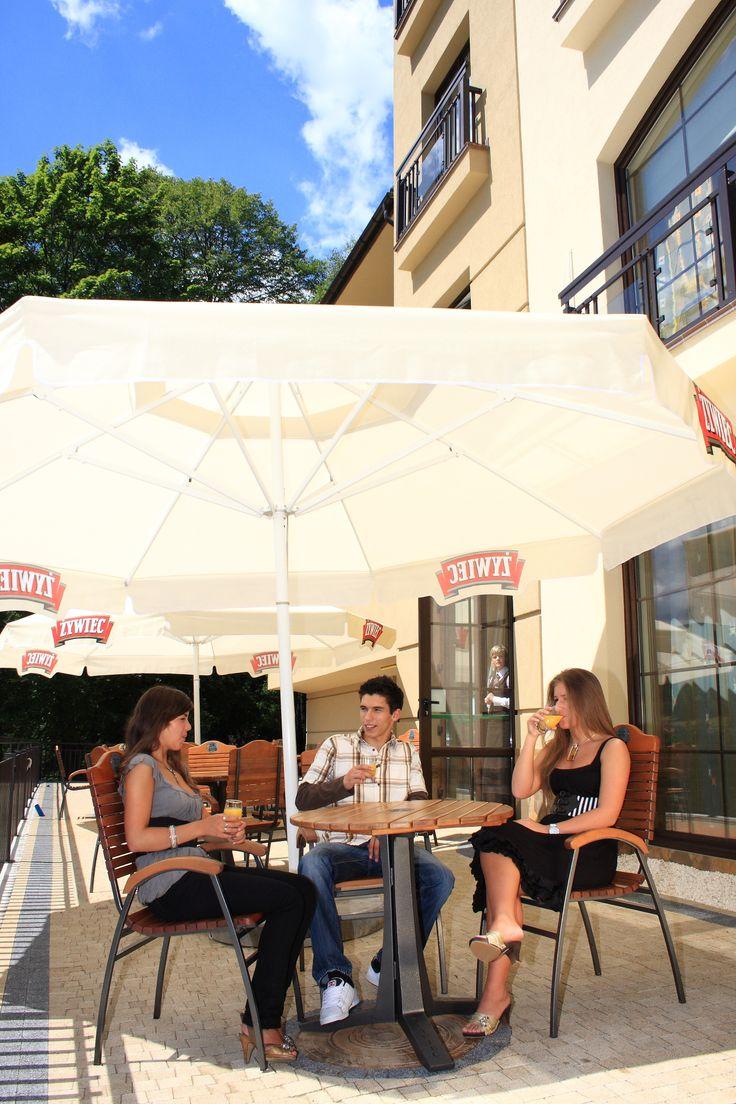 Odpoczynek na świeżym powietrzu. #HotelElbrus #Szczyrk  www.hotel-elbrus.pl