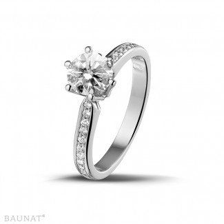 Witgouden Diamanten Verlovingsringen - 1.00 caraat diamanten solitaire ring in wit goud met zijdiamanten