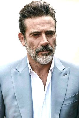 Jeffrey Dean Morgan by John Russo for Esquire México & Latin America