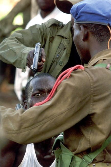 Look at the fear in that man's eyes!!...AFRICA