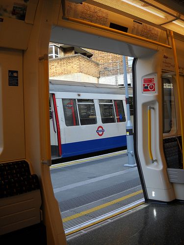 BAKER STREET TUBE STATION | MARYLEBONE | WESTMINSTER | LONDON | ENGLAND: *London Underground: Circle Line; Bakerloo Line; Hammersmith & City Line; Metropolitan Line; Jubilee Line*