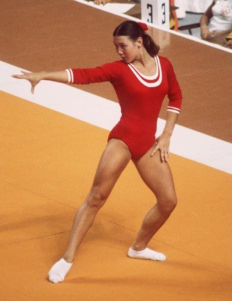 Kelly Muncey du Canada participe en gymnastique aux Jeux olympiques de Montréal de 1976. (Photo PC/AOC)