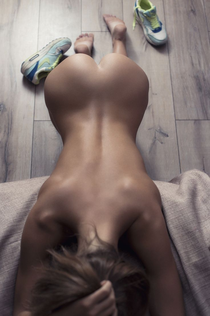 Just great pictures of beautiful WOMENS Not safe for work and under 18's If you are the owner /...